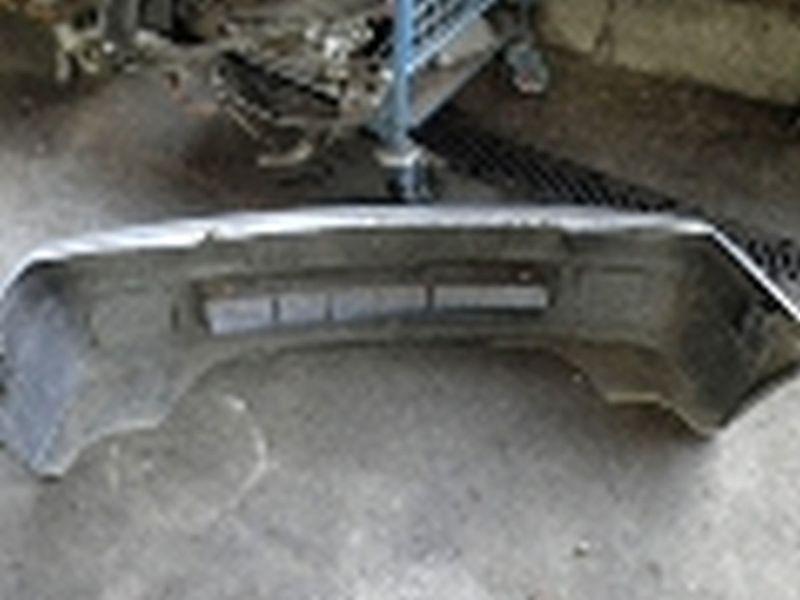 Stoßstange vorne VW POLO COUPE (86C)  1.0 KAT