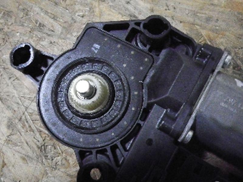 Motor Fensterheber links hinten AUDI A4 (8E, B7)  1.6
