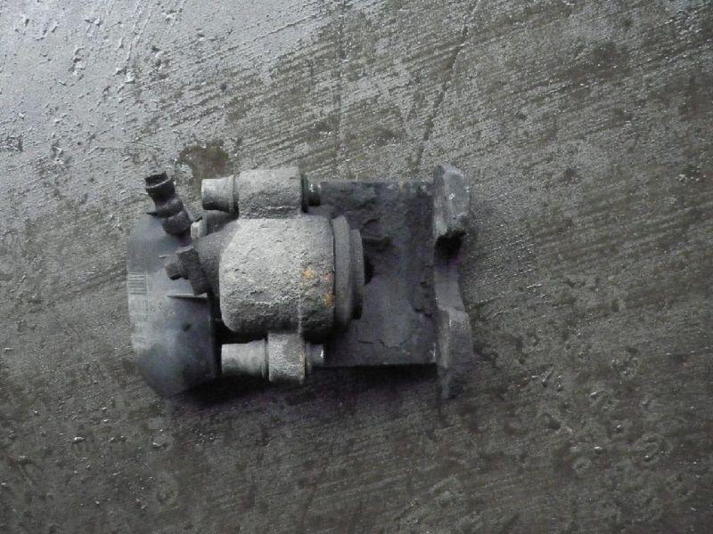 Bremssattel rechts vorne VW Polo III (6N)  1.0