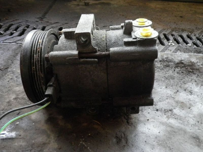 Klimakompressor FORD Mondeo II Kombi (BNP)  1.8 TD