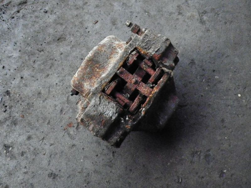 Bremssattel rechts hinten SAAB 9-3 (YS3D)  2.3i