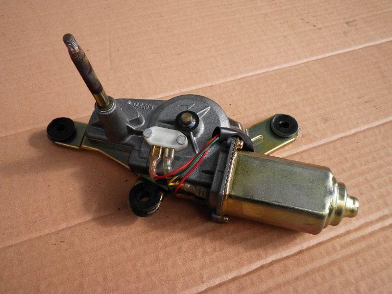 Wischermotor hinten MITSUBISHI Santamo (M-200E)  2.0
