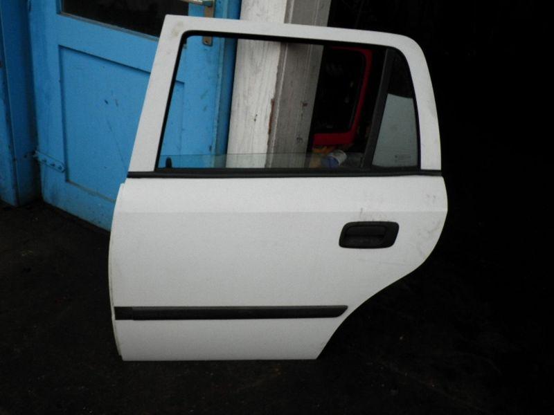 Tür links hinten 5-Türer OPEL ASTRA G CARAVAN (T98)  1.7 TD