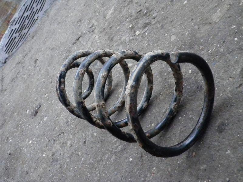 Feder rechts hinten FIAT Punto (188)  1.2 8V