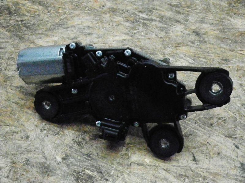 Wischermotor hinten FORD Fiesta VI (JA8)  1.6 TDCi