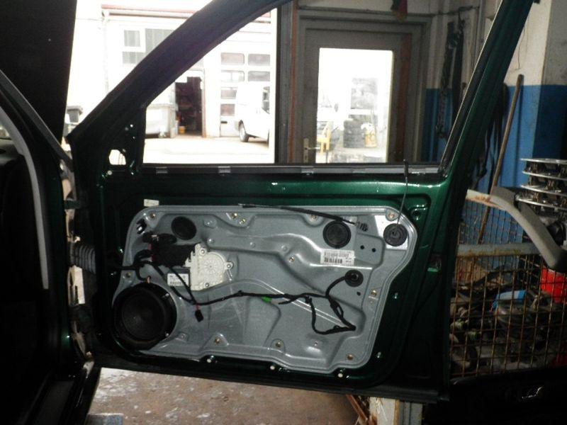 Tür vorne rechts 5-Türer VW BORA VARIANT (1J)  2.0