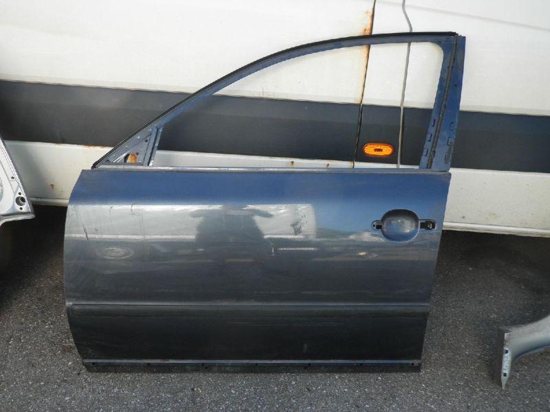 Tür vorne links 5-Türer VW PASSAT (3B2)  1.6