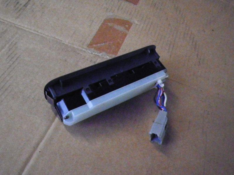 Schalter für Fensterheber SUZUKI Baleno Schrägheck (EG)  1.3