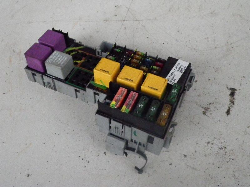 Sicherungskasten OPEL CORSA C  1.0