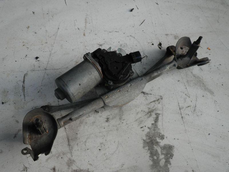 Wischermotor vorne TOYOTA Yaris (P1)  1.3 VVT-i
