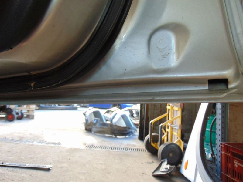 Tür vorne rechts EFH 3-Türer   Fensterheber AußenspiegelNISSAN TERRANO II (R20) 2.7 TDI 4WD