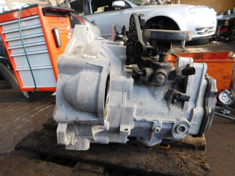 Getriebe (Schaltung) 5 Gang SchaltgetriebeVW GOLF VI (5K1) 1.6 TDI