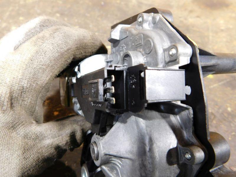 Wischermotor hinten HeckwischerOPEL ZAFIRA B (A05) 1.9 CDTI