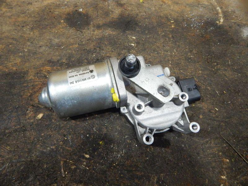 Wischermotor vorne SKODA FABIA II COMBI (5J) 1.2 TSI
