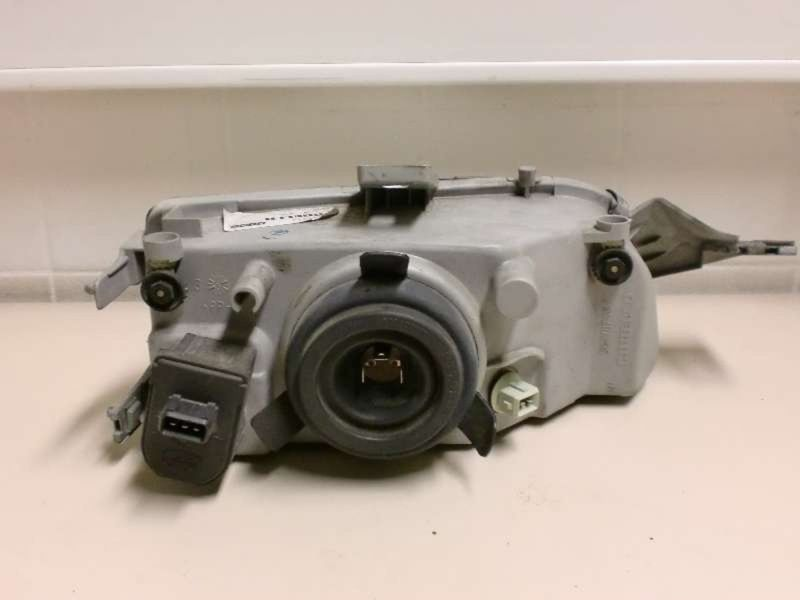 Hauptscheinwerfer links FIAT Punto (176)  1.2 8V