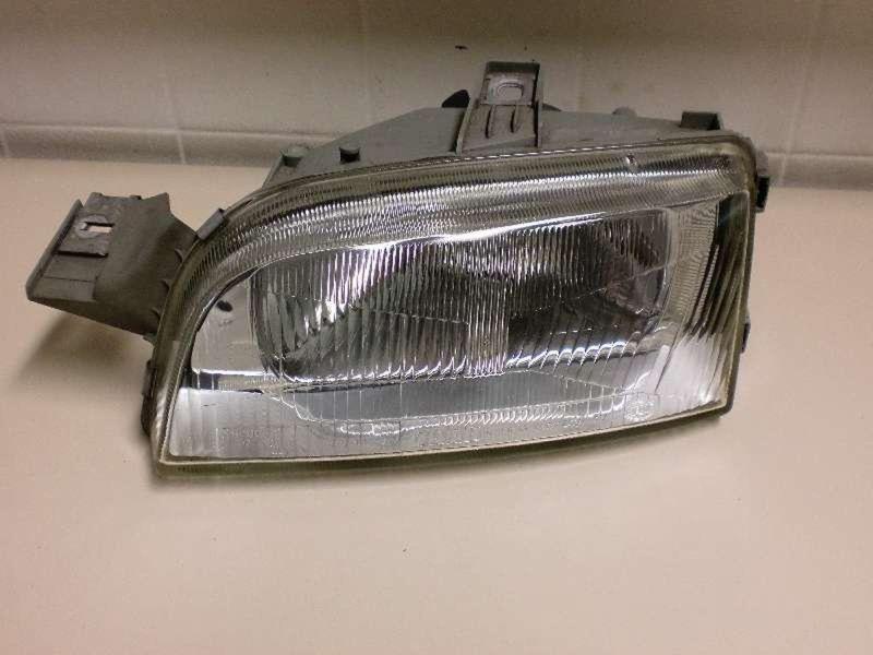 Hauptscheinwerfer links FIAT Punto (176)  1.1 55