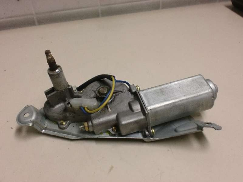 Wischermotor hinten TOYOTA Starlet (P9)  1.3