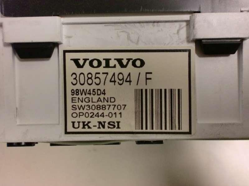 Instrumentenkombination VOLVO V40 (V)  1.8i