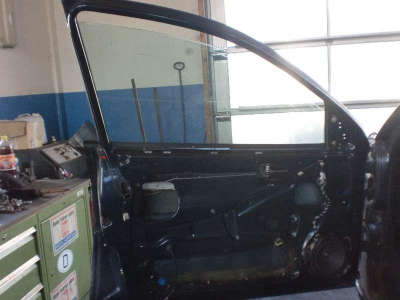 Tür links vorne OPEL Omega B Caravan  2.5