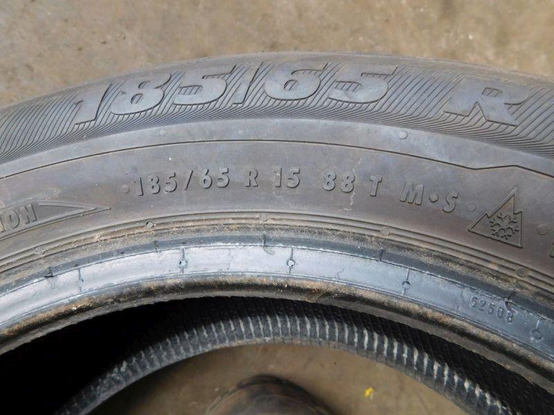 Winterreifen185/65 R15 88T